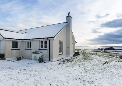 grace-cottage-in-winter